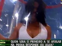 Sexy Upskirt Show From Brazil 2