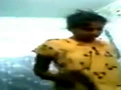 Hot Indian Tamil Maid Expose Her Full Nude Bath Sh