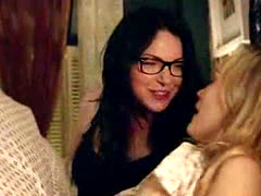 Taylor Schilling And Laura Prepon Lesbian Sex Scene