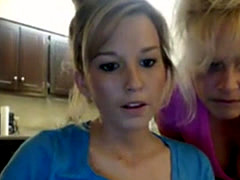 Mom And Daughter Webcam Show