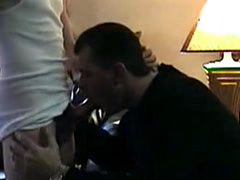 Dilf gets on his knees, sucks and swallows his skinny twink boyfriend�...