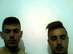 Gorgeous Amateurs Twinks On Webcam