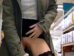 Lucy Cat - Bizarre way of Shopping