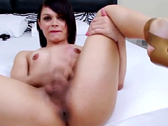 Tranny blows her load
