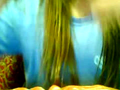 Hot Babe Amateur  Girl Play On Webcam