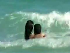 Hot Jessica Alba Beach Voyeur Vid!