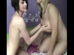 Teen mateur lesbians on playing on camera