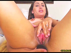 Cute Sexy Mom Masturbates Hard