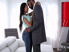 Thick booty brunette milf Lela Star gets interracial fucked