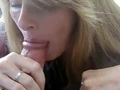Milf gives Blow job and swallows Cum