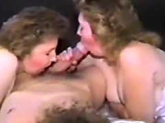 girl sucking huge head cock