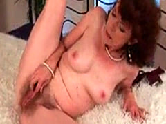 Mature mom with hairy crotch