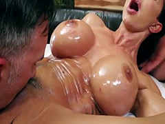 Huge boobs and booty MILF Jewels Jade dped by the masseurs