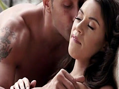 Babe analfucked outdoors and jizzed on ass