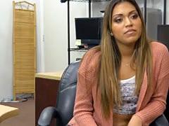 Latina Beauty Nicole Rey Sucking Dick In Pawn Shop Office POV