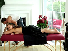 Orally pleasured beauty banged by masseur