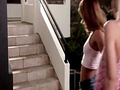 Teen Bella Rose gets fingered by babe Uma Jolie