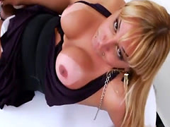 Naughty Tgirl Walkiria Drumond Pleases Herself