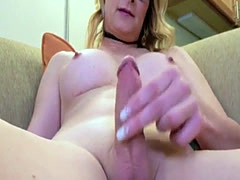 Spex trans plays with her cock until climax
