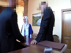 Perky tits muslim wife gets banged