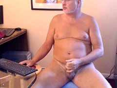 DADDY'S COCK LUBING & MASTURBATIONaddy's cock lubing & masturb