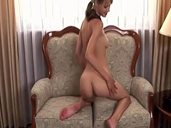 Brunette babe tries to do anal