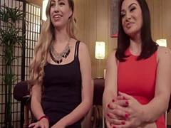 Lea Lexis & Lyra Louvel strapon anal fun