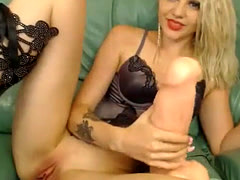 Stimulated Blond Amateur Chick