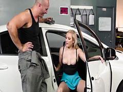 Blonde bangs her car repairman in shop