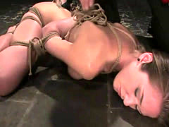 Jade Marxxx enjoys water tank BDSM pleasures