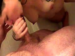 Shower Blowjob & Cumshot