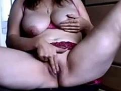 Zozzona Matura italiana si masturba su MaturesCam.Club