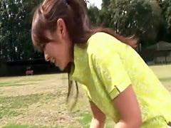 Asian cutie gives an outdoor blowjob