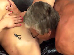 Old mom fuck young girl xxx Sex with her boyally´s father after swimm...