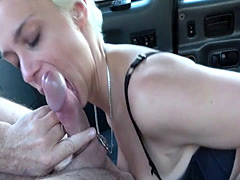 Big tits blonde wanks fake taxi drivers big cock