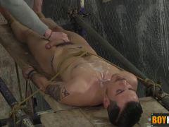 Ashton putting his cock between his feet