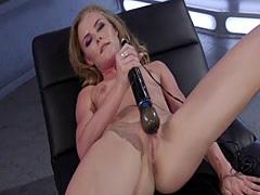 Small tits skinny blonde fucks machine