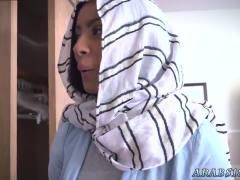 Muslim feet BJ Lesassociate's sons with Mia Khalifa