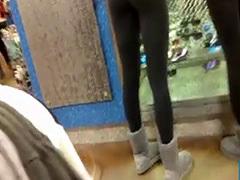 2 girls in leggings