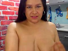 Hot Curvy Latina Webcam SlutWith Big Tits