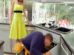 Housewife gets banged by two guys