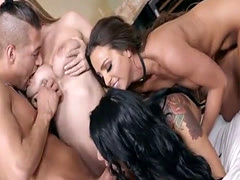Brunette pornstar foursome and cumshot