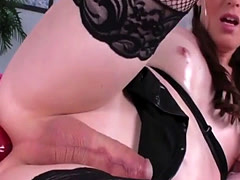TS Natalie Mars Stretches Her Butthole With Toys