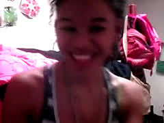 Ebony Teen Girlfriend Does Nude Cam Show