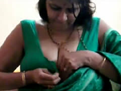 Big Ass And Big Boobed Milf Indian Aunty