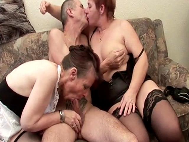 Threesome dreier zwei dicke und ein schwanz - 3 part 6