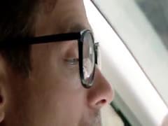 Jugosa cogida anal en el auto