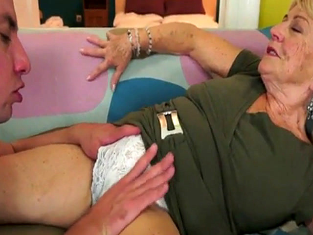 Hairygranny video