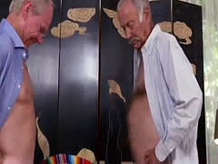 Gift to step daddy and milf creampie xxx Going South Of The Border