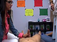 Teen slut rides dick BJ Lesplayfellow's sons with Mia Khalifa
